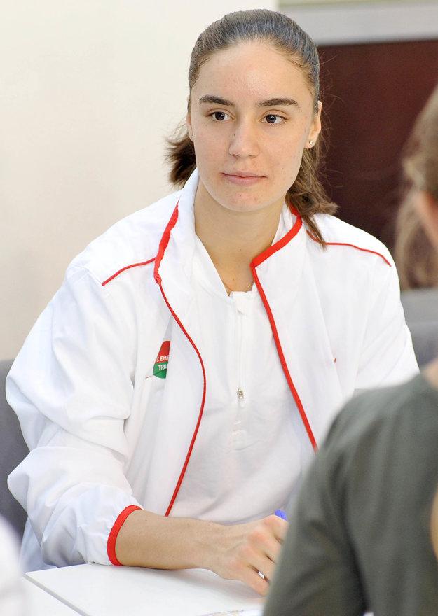 Angelina Kalininová.