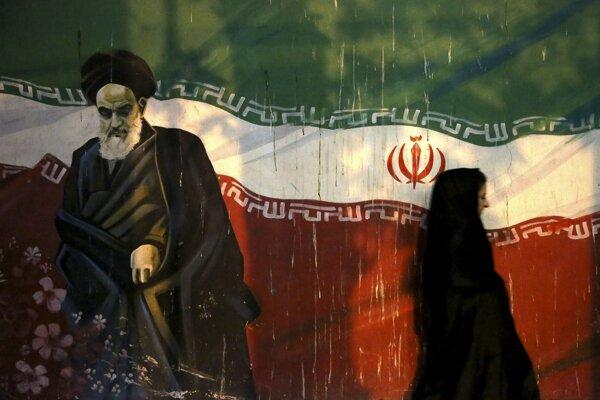 Otec iránskej revolúcie Ajatolláh Chomejní.