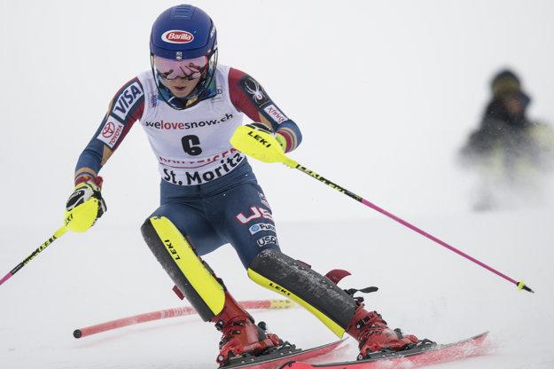 Mikaela Shiffrinová ovládla prvú časť alpskej kombinácie.