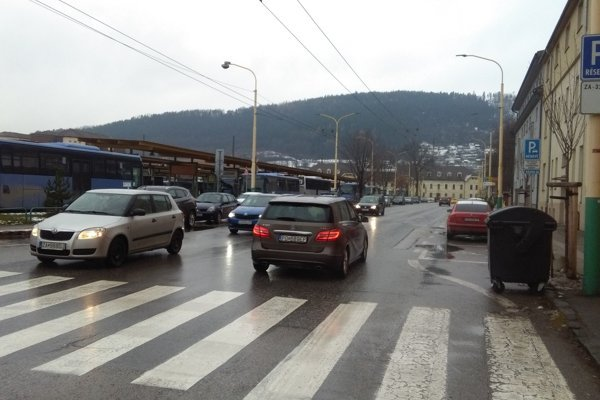 Z ulice 1. mája povedie nadjazd ponad železničnú stanicu.