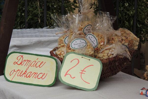 Vianočné trhy v Kammerhofe ponúkajú rôzne domáce výrobky.