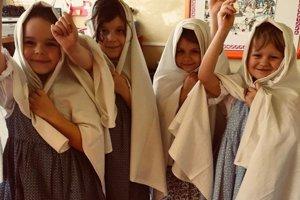 Škôlkari v Rudine si pripomenuli vianočné tradície.