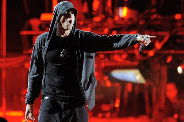 Eminem, vlastným menom Marshall Bruce Mathers III vydal 17. januára nový album Music To Be Murdered By.
