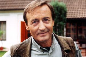 Po ťažkej chorobe zomrel vo veku 66 rokov herec Michal Dočolomanský.