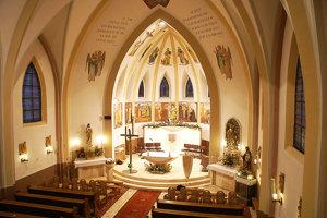 Interiér Kostola sv. Vendelína v Zuberci.