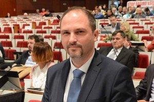 Jaroslav Polaček. Šéf klubu Nezávislých je presvedčený, že župana podporí pravica a nezávislí poslanci.