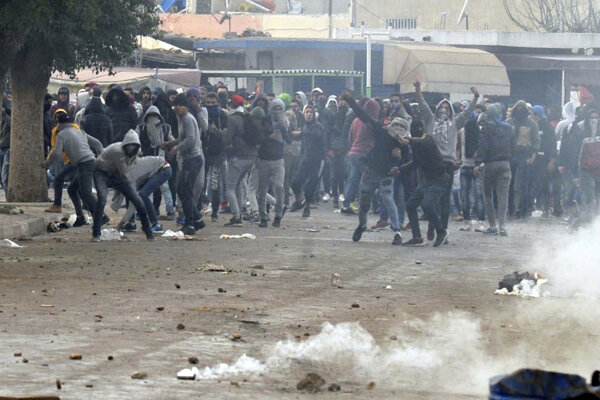 Protesty v Tunisku.
