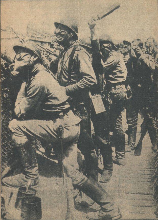Zo západného frontu – francúzski vojaci pred útokom.