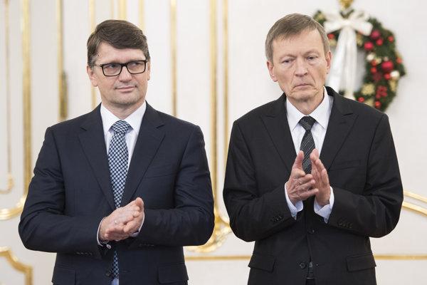 Minister kultúry Marek Maďarič a riaditeľ cirkevného odboru Ministerstva kultúry Ján Juran.