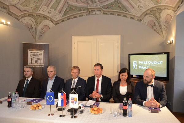 Stretnutie županov s viceprezidentom Európskej investičnej banky.