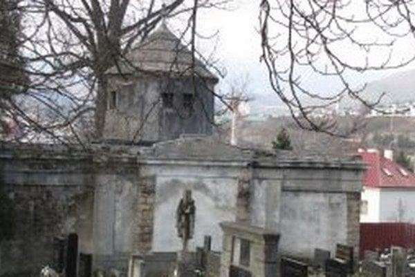 Hlavným problémom mestskej hrobky je mohutná kupola. Jej vnútro je narušené.