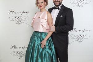 Martin Mňahončák s partnerkou