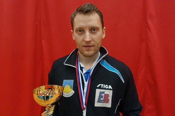 Tibor Bednár triumfoval na majstrovstvách Oravy vo dvojhre i štvorhre.
