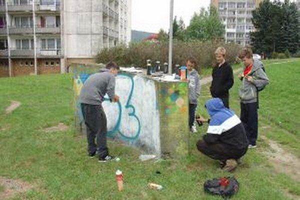 Zo včerajšieho graffity workshopu