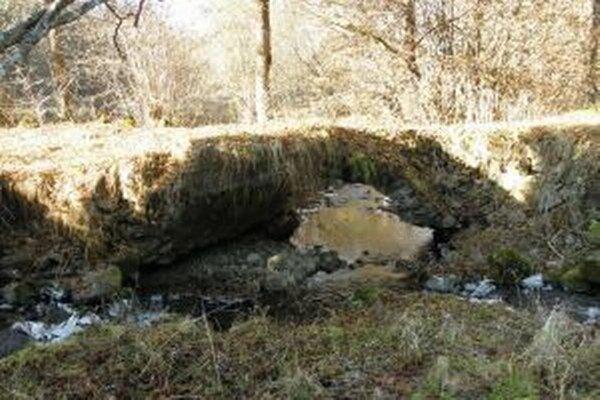 Most je už v zlom stave.