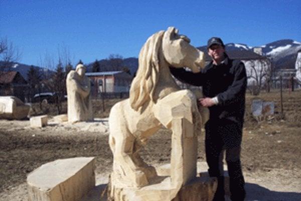 Monument koňa si objednal farmár z Plzne.