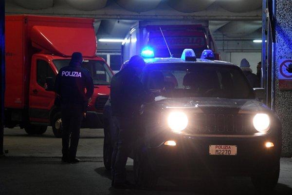 V Taliansku zadržali 33 ľudí, ktorí sú podozriví z členstva v čínskej mafiánskej organizácii.