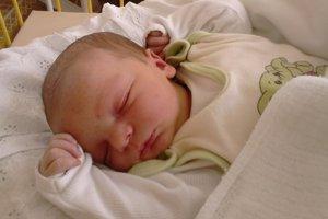 Matúš Manina (3870 g, 52 cm) sa narodila 4. januára Lucii a Marekovi z Trenčianskych Stankoviec. Doma už majú štvorročnú dcérku Simonku.