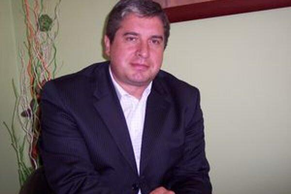 Jaroslav Demian sa bude opäť uchádzať o kreslo primátora.