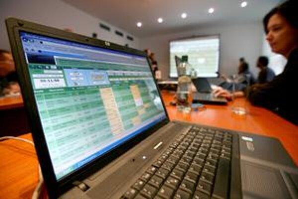 Banskej Bystrici zatiaľ elektronické aukci efekt neprinášajú.