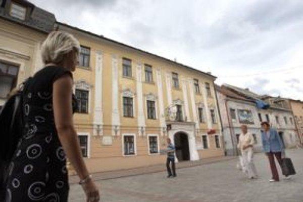 Dom na Lazovnej ulice, kde žil nielen básnik Ján Botto, ale aj Júlia Korponayová, románová Levočská biela pani