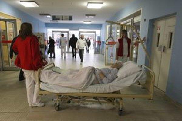 Aj z Fakultnej nemocnice v Banskej Bystrici odišla viac ako stovka lekárov.