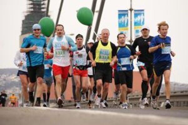 Prvý aprílový víkend bude žiť Bratislava maratónom.