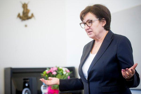 Eva Drahošová (66) je bývalá knihovníčka pochádzajúca z Prahy. Je manželkou českého prezidentského kandidáta Jiřího Drahoša, ktorého podporuje v kampani.