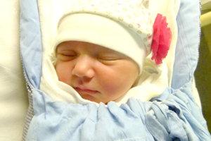 Michaele a Petrovi Šarkoziovcom z Pukanca sa narodila 5. januára dcérka DOROTA ako prvé dieťa. Malá Dorotka po narodení merala 51 cm a vážila 3,54 kg.