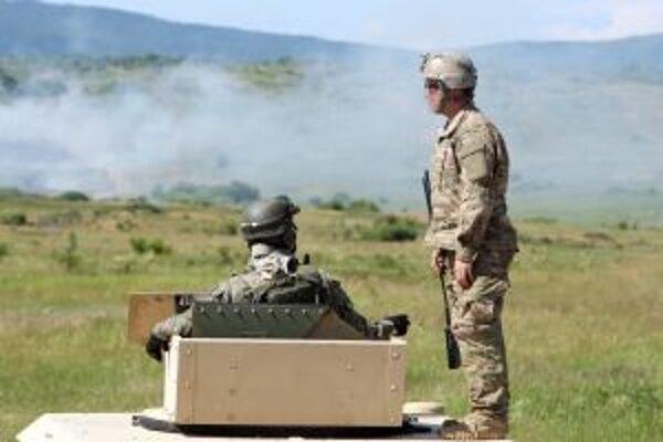 Na Lešti cvičia vojaci pravidelne.