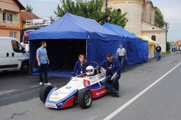 Formula s motorom z Fiatu 126.