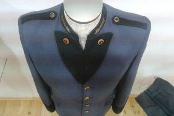 Jedným z exponátov je aj raritná uniforma horára z rakúsko-uhorskej monarchie.