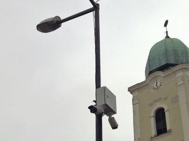 Kamerový systém monitoruje poriadok v meste.