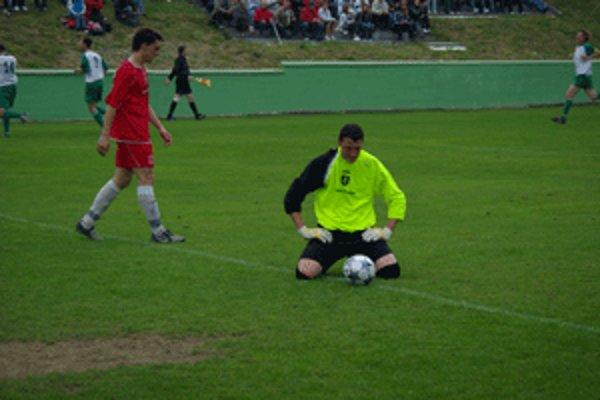 Zvolenskí futbalisti padli v Rakytovciach na kolená.