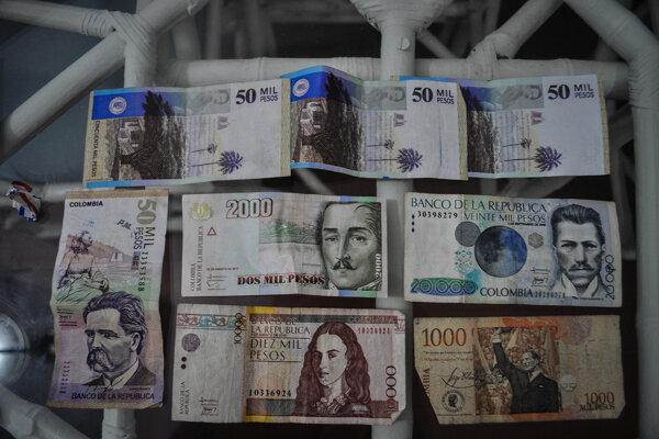 Kolumbijské pesos.