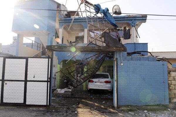 Turecké mesto Reyhanli sa stalo terčom raketového útoku.