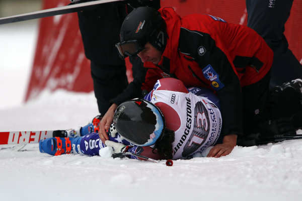 Jacqueline Wilesová utrpela pri páde viaceré zlomeniny.