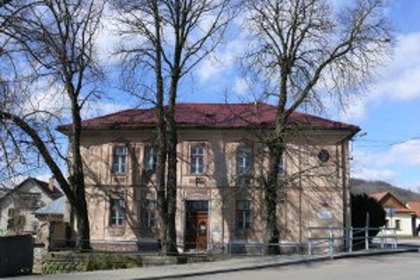 Servisné centrum v Detve.