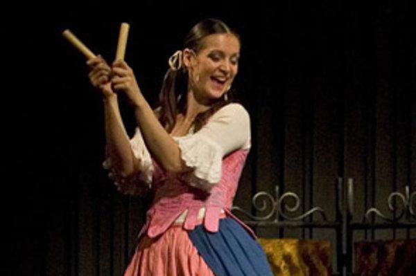 Silvia Donová ako Checca v komédii zvolenskej činohry Čertice.