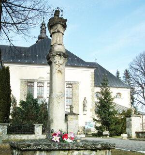 V rámci projektu by malo byť zreštaurovaných aj päť sôch.