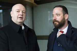 Bývlaý šéf televízie Markíza Pavol Rusko so svojím advokátom Marekom Parom.