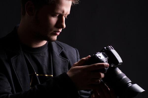 Fotografi predstavia svoju tvorbu v KOS Nitra.