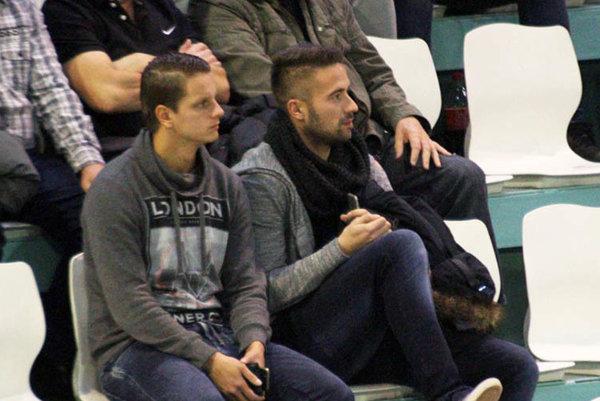 Michal Rakovan (vpravo) a Matúš Paukner boli na nedávnom turnaji o Pohár primátora iba v role divákov.