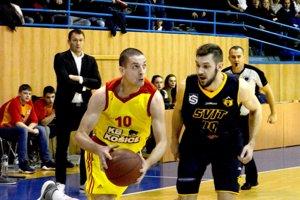 Vrátil sa, ale mal smolu. Stanislav Baldovský (vľavo) sa znovu zranil.