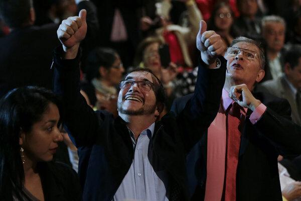 Prezidentským kandidátom bývalých povstalcov je Rodrigo Londoňo.