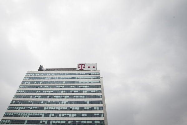 Štát vlani predal podiel v Slovak Telekome.