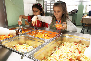 Zvýšenie normatívu sa prejaví na zlepšení stravy vškolských jedálňach.