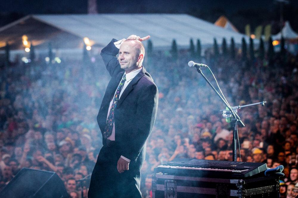 Michal Kaščák a koncert skupiny Bez ladu a skladu počas festivalu Pohoda. (9. 7. 2015, Trenčín)