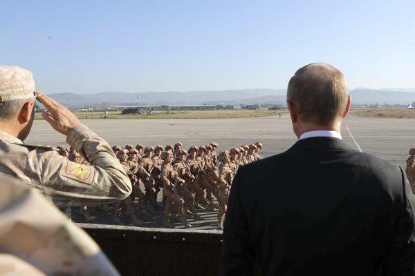 Rusko prezidenta Vladimira Putina sa nehlási k všetkým Rusom bojujúcim v Sýrii.