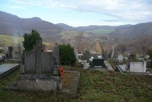 Miestny cintorín.